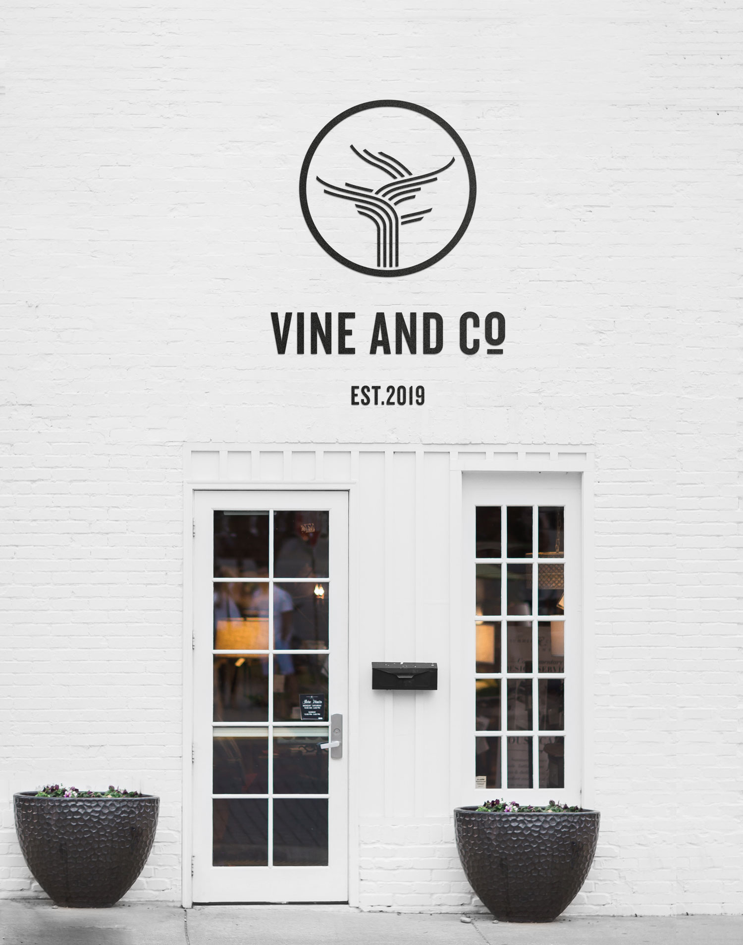 vine and co signage